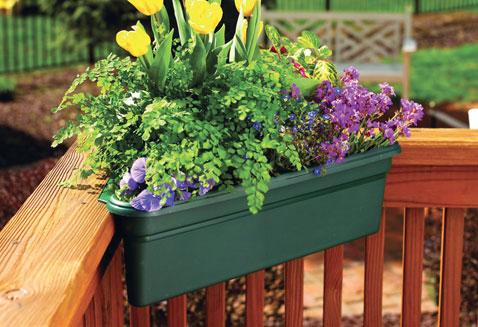 corner-deck-planter