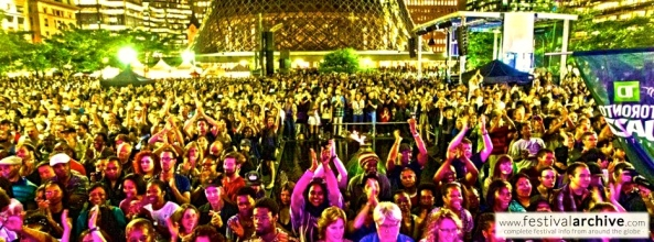 Toronto-Jazz-Festival-Crowd-2012